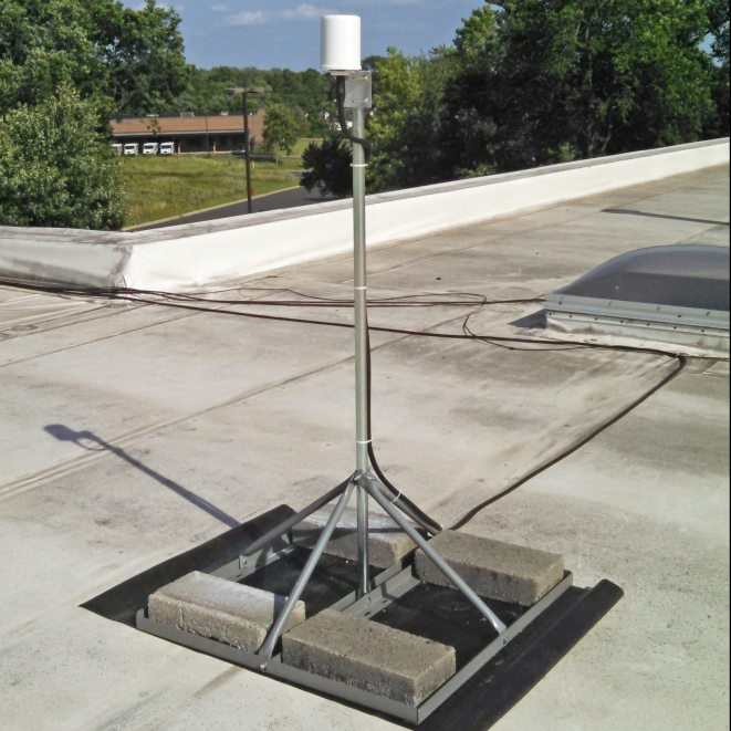 Product Overview. This Non Penetrating Roof Mount ...