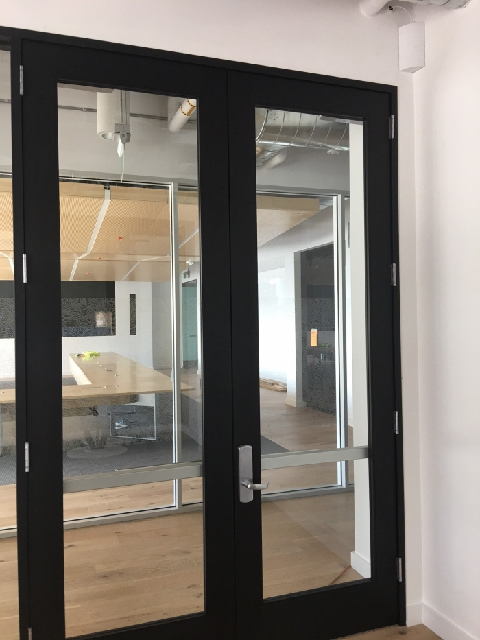 Align Tech selects JDTECK Digital DAS for its new facility in San Jose CA. JDTECK's patented corner antenna is mounted discreetly above the door to provide enhanced cellular coverage to one of the areas in the building.